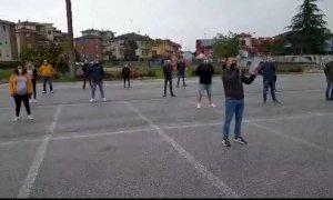 'Mascherine Tricolori' in piazza a Cuneo per il terzo sabato di fila
