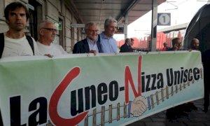 La ferrovia Cuneo-Nizza balza al primo posto in classifica nel concorso del Fai, intanto si mobilita anche il capoluogo