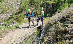 Due interventi del 118 in valle Gesso per il recupero di escursionisti feriti