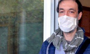 Indossare la mascherina provoca danni e malattie? 'Bugie prive di fondamento scientifico'