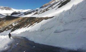 Val Varaita, iniziati i lavori di sgombero neve verso il colle dell'Agnello