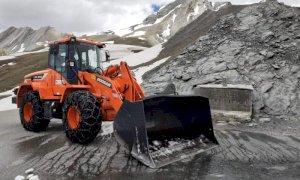 La Provincia ha concluso i lavori di sgombero neve al Colle dell'Agnello