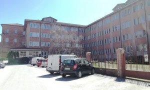 Saluzzo, l'ospedale ritorna gradualmente alla normalità
