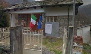 Riaprono al pubblico gli uffici del municipio di Valmala