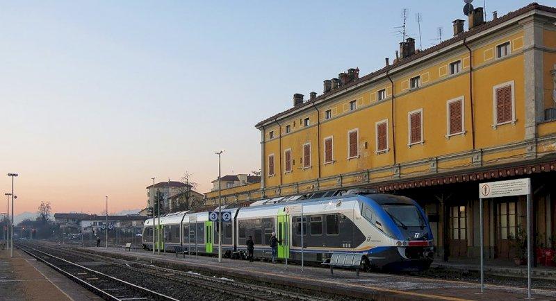 'Perché le linee ferroviarie Saluzzo-Savigliano e Cavallermaggiore-Bra non sono state riattivate?'