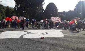 Il movimento 'Black Lives Matter' a Cuneo con un flashmob 'contro ogni discriminazione'