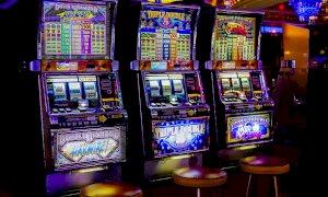 Gioco d'azzardo, dietrofront di Cirio: 'Ritiriamo l'emendamento, ma la legge va cambiata'