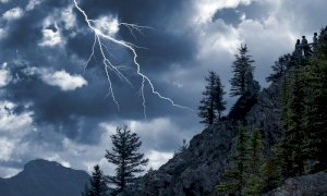 Nuovi temporali dal tardo pomeriggio di giovedì, l'Arpa dirama l'allerta gialla