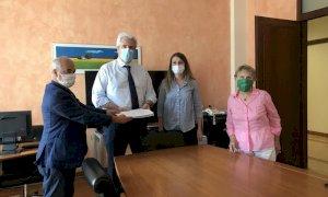 In Provincia la consegna di 2.200 firme contro il biodigestore di Borgo San Dalmazzo