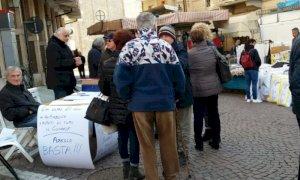Borgo San Dalmazzo, consegnata al sindaco Beretta la petizione popolare contro il biodigestore