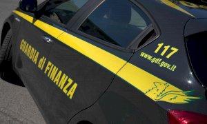 La Guardia di Finanza cuneese ha sequestrato 273 prodotti alimentari nel corso degli ultimi controlli