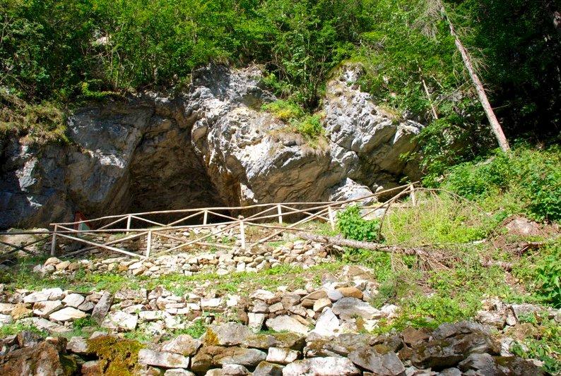 Crissolo, la grotta del Rio Martino è nuovamente aperta ai visitatori