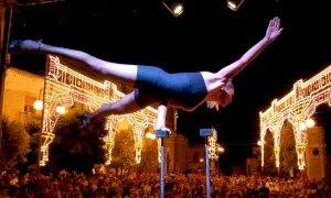 Busca, venerdì un'artista argentina in uno spettacolo fra circo e atmosfere del tango