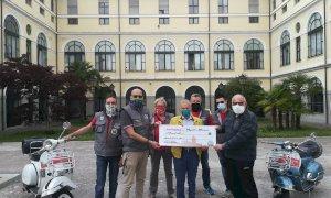 Dal Vespa club Busca una donazione di 800 euro all'Ospedale civile