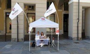 Funerali laici, ieri il primo giorno della campagna dei Radicali #Cuneolaica