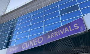 Scontro tra auto e camion di fronte all'aeroporto di Levaldigi: muore un uomo di 47 anni