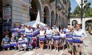 Lega in piazza a Cuneo: 'Difendiamo Salvini, a processo per aver fermato una nave di trafficanti'