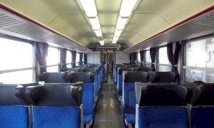 Cirio proroga fino al 10 agosto l'abolizione del distanziamento sociale sui trasporti