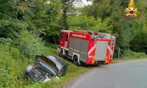 Auto fuori strada tra Crava e Rocca de' Baldi, ferita una ragazza