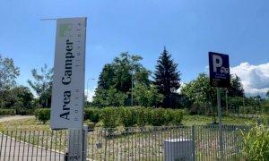 Cuneo, sgomberati alcuni camper dall'area davanti alla Casa del Fiume