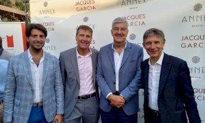 Una delegazione della Cuneo Granda Volley all'inaugurazione della Annex Beach di Cannes