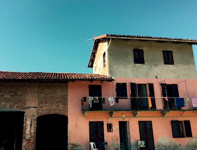 Stagionali, Calderoni rimanda l'apertura del sito di accoglienza nell'ex casa del custode del cimitero
