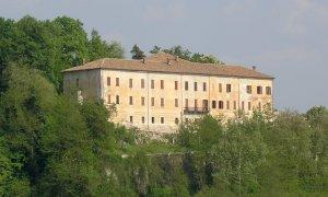 Il 22 agosto apertura eccezionale del Castello di Lesegno