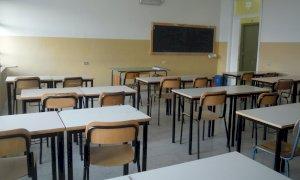 Tensostrutture a noleggio per le mense e nuovi banchi: Cherasco investe per la ripresa della scuola