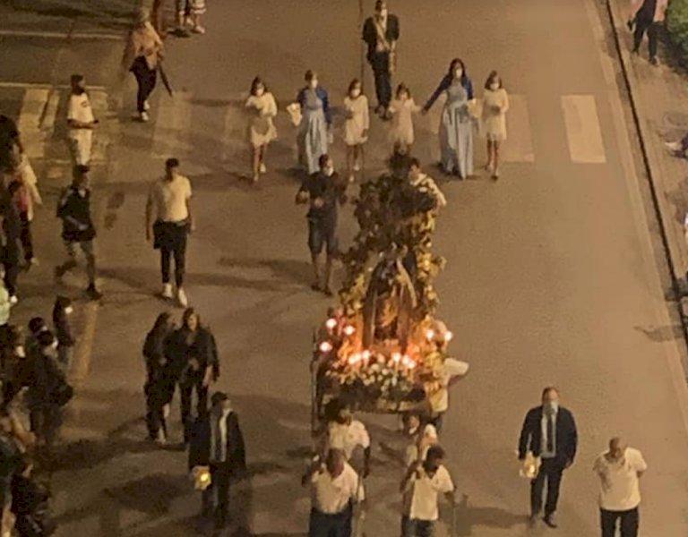 Il trasferimento del Trono della Madonnina, senza la tradizionale processione
