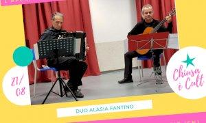 Chiusa Pesio, Alberto Fantino e Cristiano Alasia in un concerto per chitarra e fisarmonica