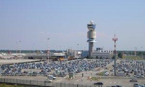 Tamponi per i viaggiatori dall'estero, il Piemonte manda 'rinforzi' alla Lombardia