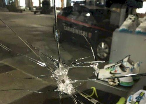 Cuneo, tentato furto all'osteria 'Senza Fretta' e da 'Urban Jungle': denunciati due giovani