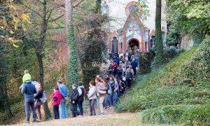 Doppia apertura straordinaria con escursioni guidate nel parco del Castello del Roccolo di Busca