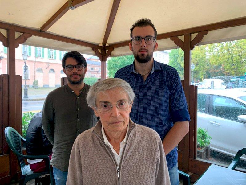 Cuneo, i Radicali a colloquio con Ricifari in attesa del flash mob contro l'ordinanza antibivacco