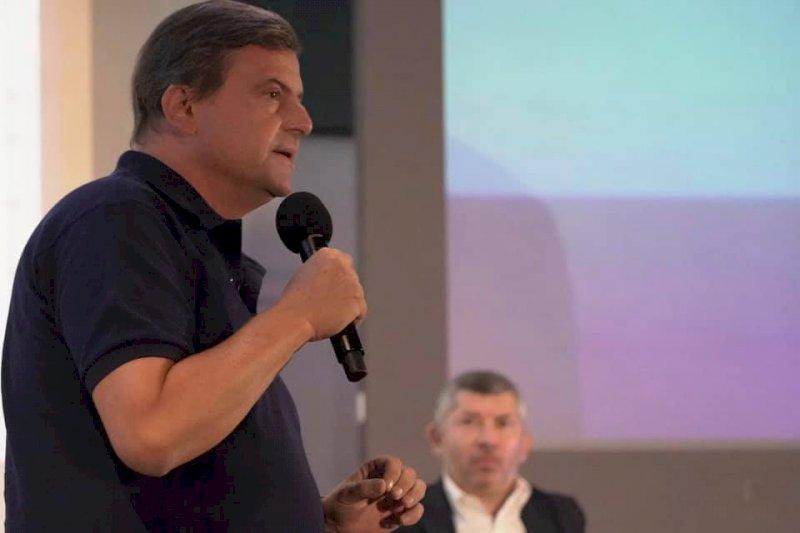 L'ex ministro Carlo Calenda presenta il suo nuovo libro a Cuneo