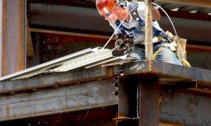 Garessio, carpentiere cadde da una lamiera per sette metri: a processo il capocantiere