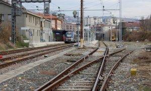 'Siano ripristinate le corse ferroviarie sospese in Regione, si cessi la politica di tagli'