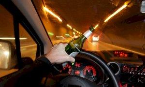Guidava con un tasso alcolico sette volte superiore al limite: il giudice lo condanna a otto mesi di arresto