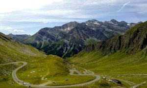 Anche Borgna per i 50 anni dall'apertura del Colle dell'Agnello in alta valle Varaita