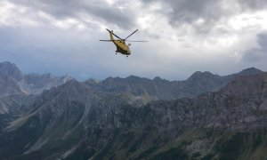 Alpinista colpita da malore in alta valle Maira: il Soccorso Alpino la recupera in elicottero