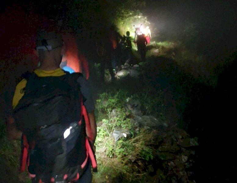 Escursionista accusa un malore dopo una caduta, intervento notturno per il Soccorso Alpino