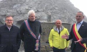 Borgna sul Colle dell'Agnello per i 50 anni dall'apertura della strada: 'Anche qui si fa l'Europa'