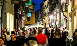 Ubriachi, risse e danneggiamenti: la 'malamovida' di Alba preoccupa le istituzioni