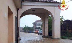 Saluzzo, il Comune raccoglie e smaltisce gli oggetti danneggiati dalla 'bomba d'acqua' del 22 settembre
