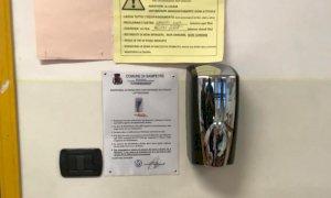 Dispenser di gel igienizzante automatici nelle scuole di Sampeyre