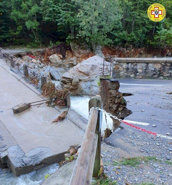 Terme di Valdieri, residenti evacuati dopo il crollo del ponte