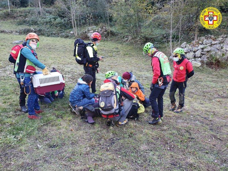 Conclusa l'evacuazione di San Giacomo di Entracque: in salvo cinque bambini e sei adulti