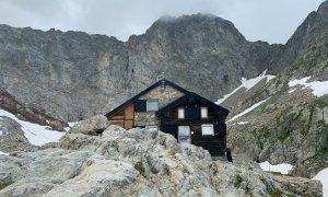 'Fermiamo la plastica in montagna': si vota online per un progetto che coinvolge il rifugio Pagarì