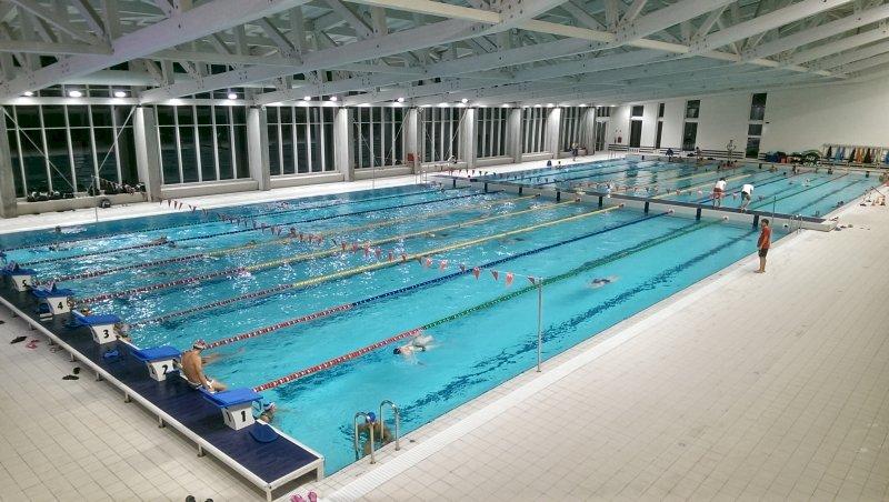 Cuneo, i genitori degli atleti si appellano al Comune: 'La piscina non deve chiudere'