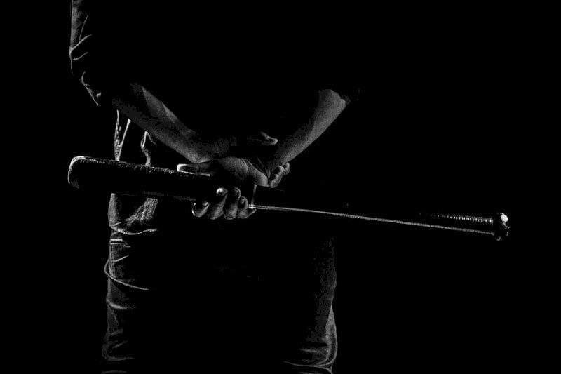 Revello, finisce in tribunale la rissa tra fratelli con mazza da baseball e coltello